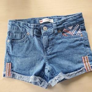 LEVI  embellished Jean Shorts in Girls size 7
